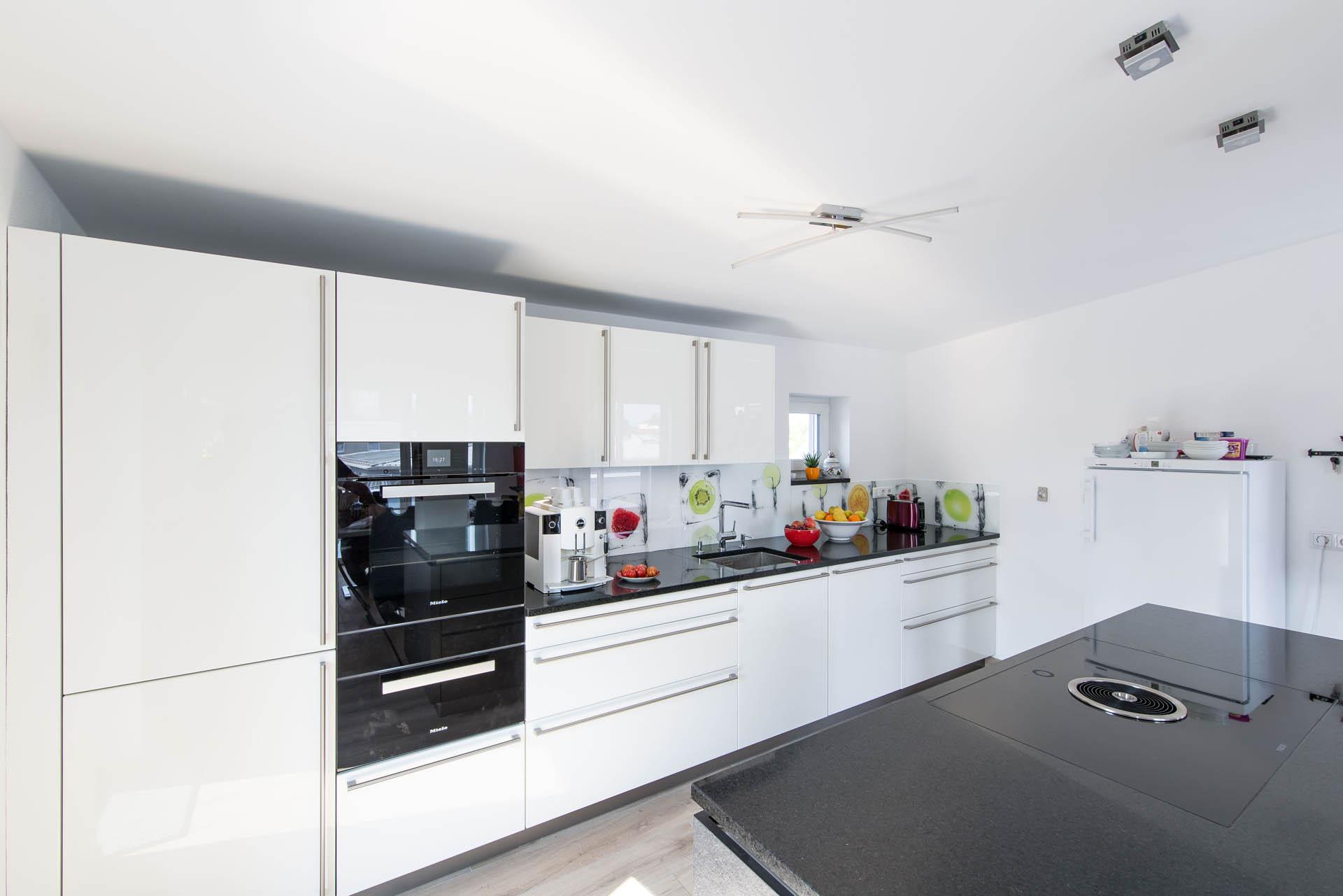Weiße Küche | Michael Rieperdinger – Design / Fotografie / Layout