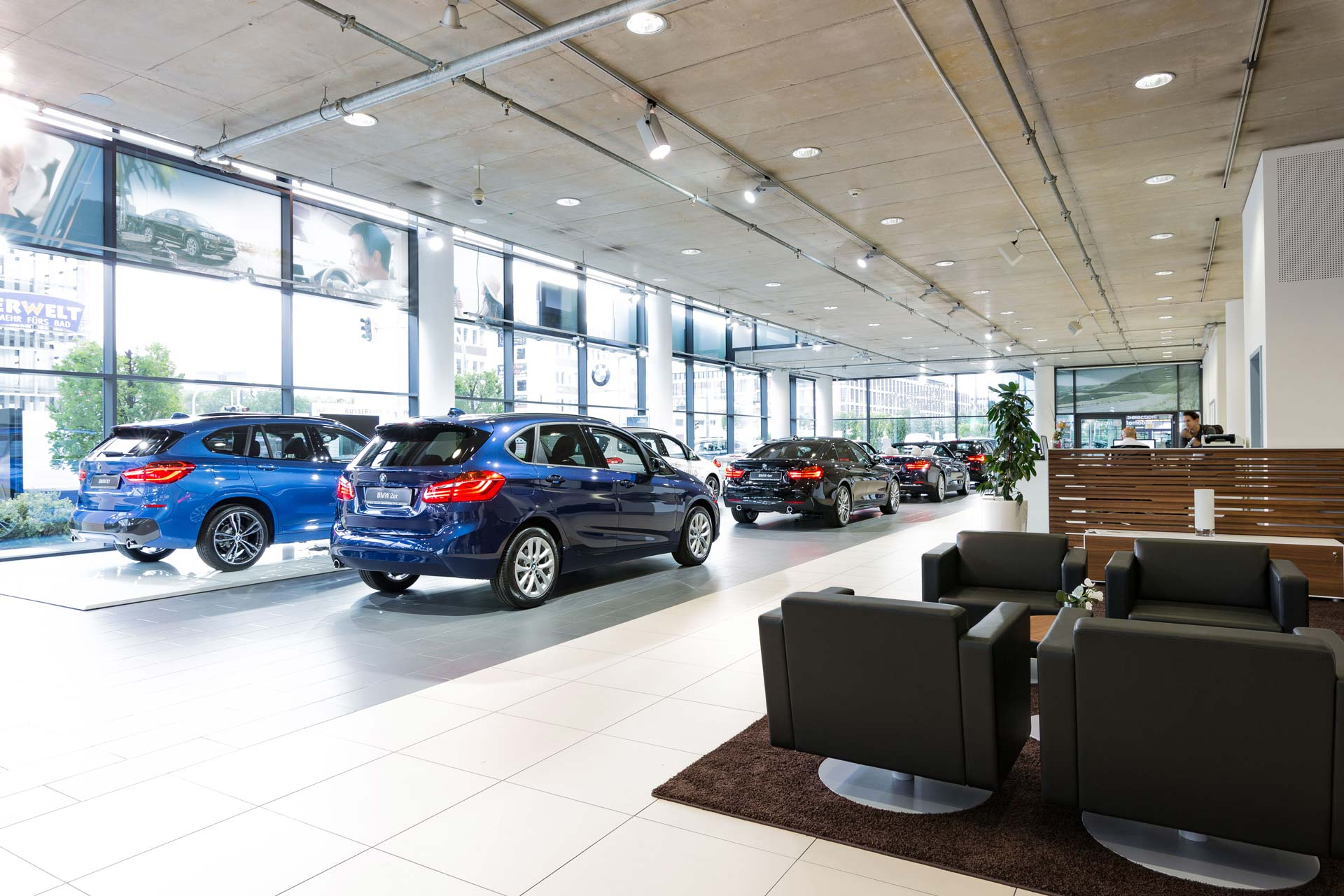 BMW Automag Showroom